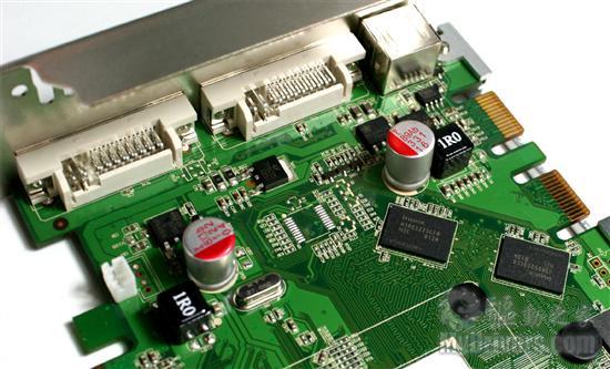 显卡前端的低通滤波电路
